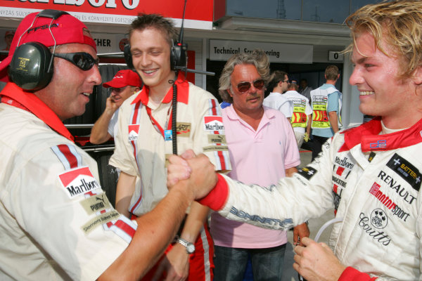 2005 GP2 Series - HungaryHungaroring, Budapest28th - 31st July 2005Friday QualifyingTeam Members congratulates Nico Rosberg (D, ART Grand Prix). on his pole, Portrait. Copyright: GP2 Series Media Service ref: Digital Image Only