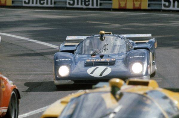 1971 Le Mans 24 hours. Le Mans, France. 12-13 June 1971. Mark Donohue/David Hobbs (Ferrari 512M), retired. World Copyright: LAT Photographic Ref: 71LM18
