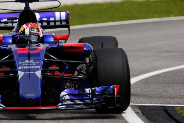 Sepang International Circuit, Sepang, Malaysia. Friday 29 September 2017. Pierre Gasly, Toro Rosso STR12 Renault.  World Copyright: Zak Mauger/LAT Images  ref: Digital Image _X0W7184