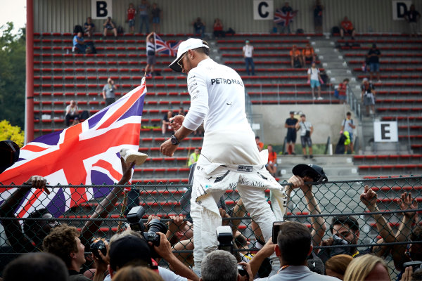 Spa Francorchamps, Belgium.  Sunday 27 August 2017. Lewis Hamilton, Mercedes AMG, 1st Position, celebrates victory with the fans. World Copyright: Steve Etherington/LAT Images  ref: Digital Image SNE12784