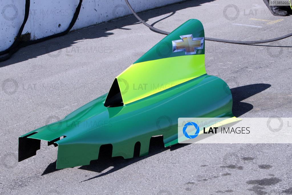 25 February, 2012, Sonoma, California USARubens Barrichello engine cover(c)2012, Marshall PruettLAT Photo USA