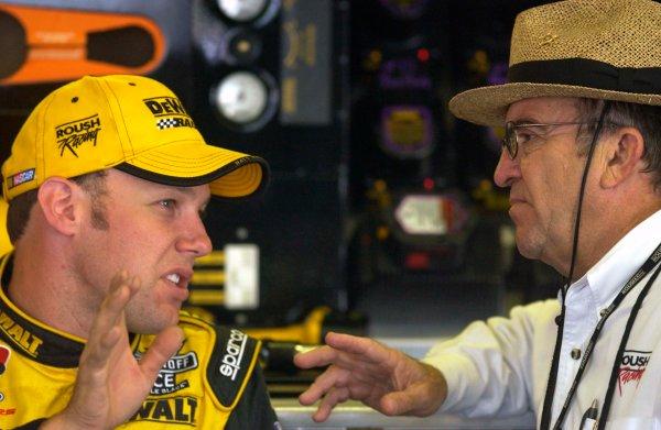2003 NASCAR,Pocono Raceway,Pennsylvania 500,USA July27-Matt kenseth Jack Roush,-Robert LeSieur 2003LAT Photographic