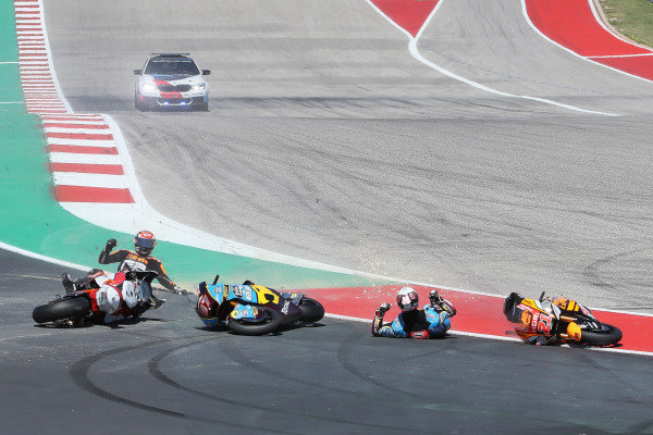 Xavi Vierge, Marc VDS Racing, Joe Roberts, Swiss Innovative Investors, Fabio Di Giannantonio, Speed Up Racing crash