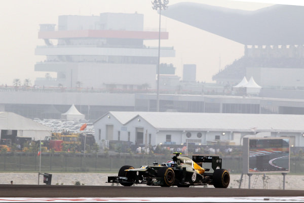 Vitaly Petrov (RUS) Caterham CT01. Formula One World Championship, Rd17, Indian Grand Prix, Buddh International Circuit, Greater Noida, New Delhi, India, Race, Sunday 28 October 2012.