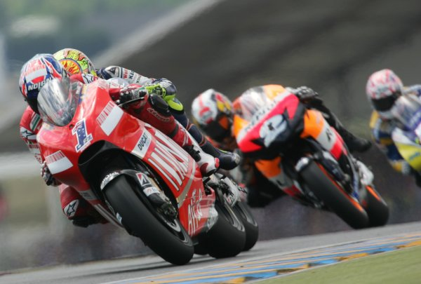 2008 MotoGP Championship - RaceLe Mans, France. 18th May, 2008.Casey Stoner Ducati Marlboro Team leads the race before a mechanical problemforced him into the pits to change bikes.World Copyright: Martin Heath / LAT Photographic