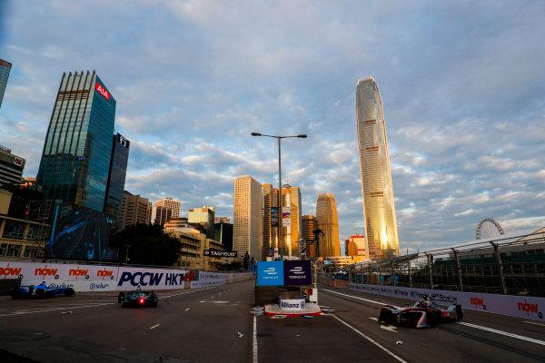 2017/2018 FIA Formula E Championship. Round 1 - Hong Kong, China. Saturday 02 December 2017. Edoardo Mortara (ITA) Venturi Formula E, Venturi VM200-FE-03. Photo: Sam Bloxham/LAT/Formula E ref: Digital Image _J6I3830