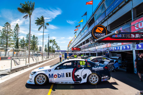 2017 Supercars Championship Round 14.  Newcastle 500, Newcastle Street Circuit, Newcastle, Australia. Thursday November 23rd to Sunday November 27th 2017. Scott Pye, Walkinshaw Racing.  World Copyright: Daniel Kalisz/LAT Images Ref: Digital Image 231117_VASCR14_DKIMG_0098.jpg
