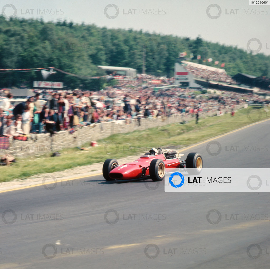 Spa-Francorchamps, Belgium.16-18 June 1967.Chris Amon (Ferrari 312) 3rd position.Ref-3/2982B.World Copyright - LAT Photographic