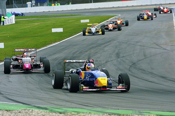 Eventual race winner Gary Paffett (GBR), Team Rosberg, chases Vitantonio Liuzzi (ITA), Opel Team BSR.