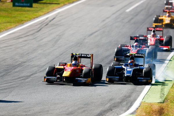 Autodromo Nazionale di Monza, Italy. Sunday 3 September 2017 Gustav Malja (SWE, Racing Engineering). and Artem Markelov (RUS, RUSSIAN TIME).  Photo: Bloxham/FIA Formula 2 ref: Digital Image _W6I4737
