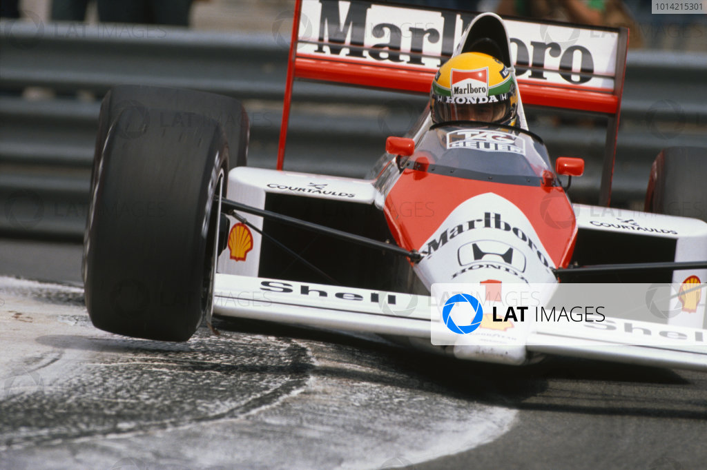 1989 Monaco Grand Prix. Monte Carlo, Monaco. 4th -7thMay 1989. Ayrton Senna (McLaren MP4/5 Honda) 1st position, action.  World Copyright: LAT Photographic. Ref:  89 MON 02.