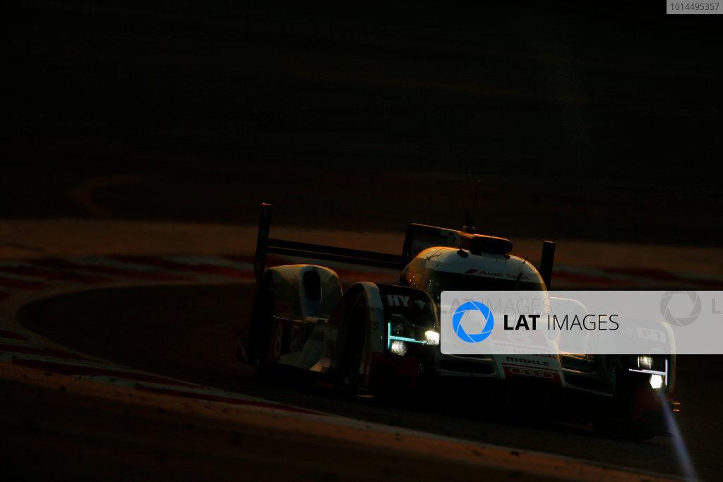 2015 FIA World Endurance Championship Bahrain 6-Hours Bahrain International Circuit, Bahrain Saturday 21 November 2015. Lucas Di Grassi, Lo?c Duval, Oliver Jarvis (#8 LMP1 Audi Sport Team Joest Audi R18 e-tron quattro). World Copyright: Alastair Staley/LAT Photographic ref: Digital Image _79P1270