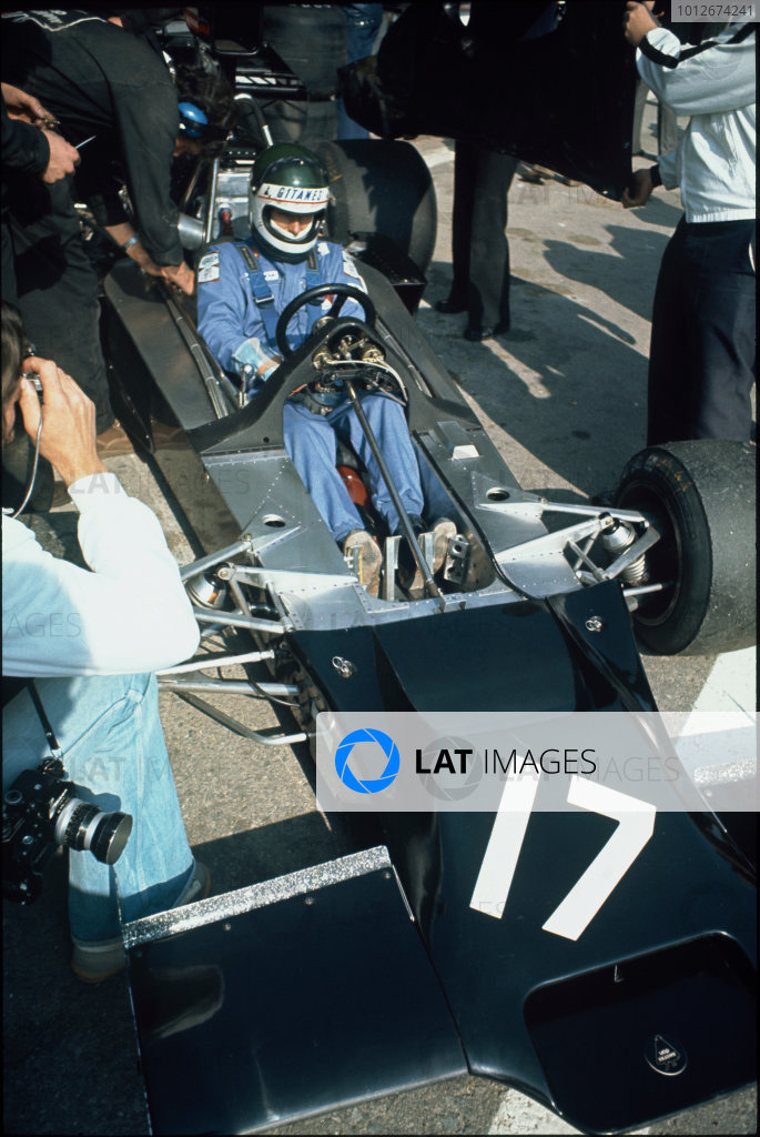 Jarama, Madrid, Spain. 26th - 28th April 1974.Jean-Pierre Jarier (Shadow DN3-Ford), not classified, in the pits, portrait.World Copyright: LAT Photographic.Ref:  Colour Transparency.