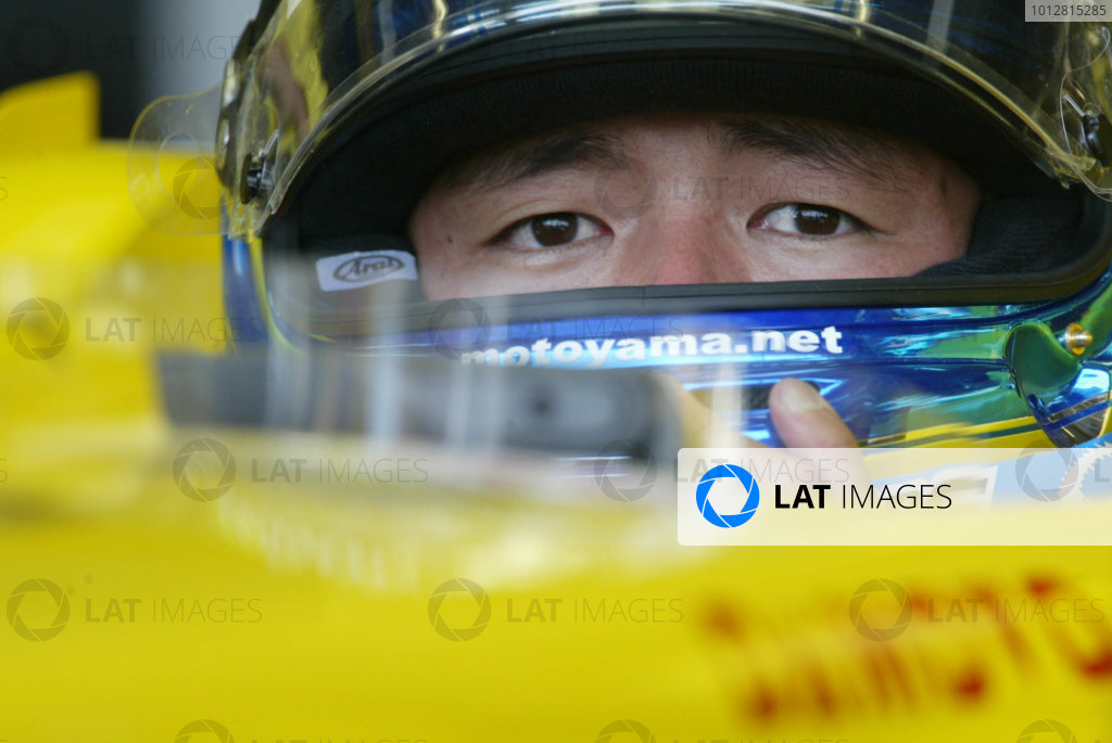 2003 Japanese Grand Prix - Friday Qualifying,
