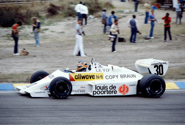 1983 Dutch Grand Prix.Zandvoort, Holland.26-28 August 1983.Thierry Boutsen (Arrows A6 Ford) 14th position.Ref-83 HOL 33.World Copyright - LAT Photographic