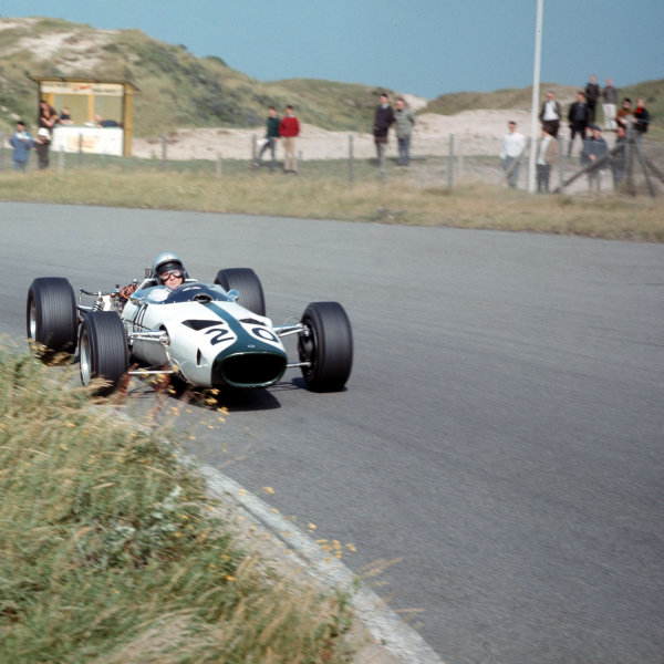 Zandvoort, Holland.22-24 July 1966.Bruce McLaren (McLaren M2B Serenissima) did not start.Ref-3/2291.World Copyright - LAT Photographic