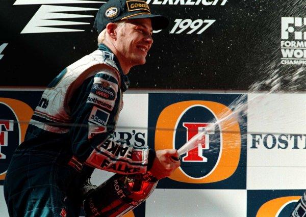 1997 Austrian Grand Prix.A1-Ring, Zeltweg, Austria.19-21 September 1997.Jacques Villeneuve (Williams Renault) 1st position.World Copyright - LAT Photographic