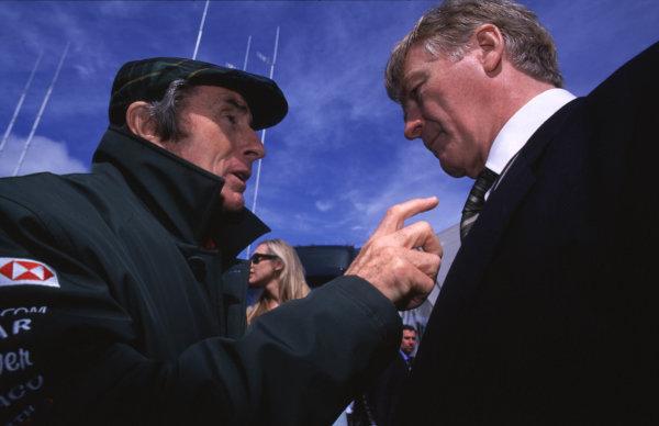 2000 British Grand Prix.Silverstone, England. 21-23 April 2000.Jaguar Directorr jackie Stewart with FIA President Max Mosley.Format: 35mm transparencyWorld Copyright - LAT Photographic
