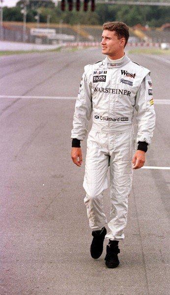 1998 Argentinian Grand Prix.Buenos Aires, Argentina.10-12 April 1998.David Coulthard (McLaren Mercedes-Benz) walks the track.World Copyright - Coates/LAT Photographic