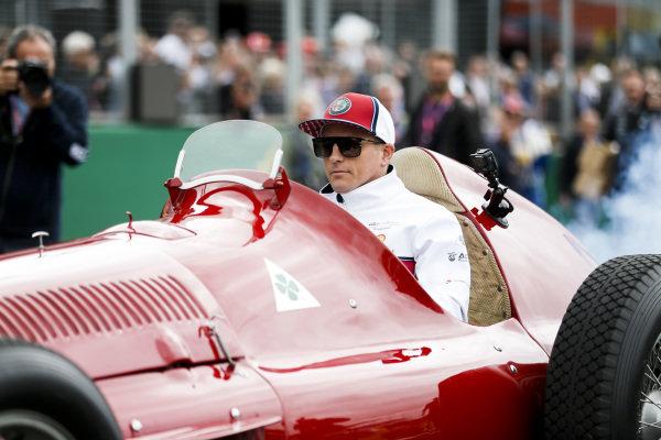 Kimi Raikkonen, Alfa Romeo Racing leads the drivers parade