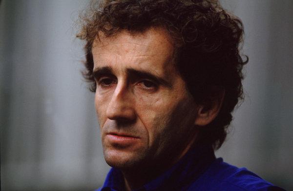 Suzuka, Japan.6-8 October 2000.Prost Peugeot Chairman Alain Prost.World copyright - LAT Photographic