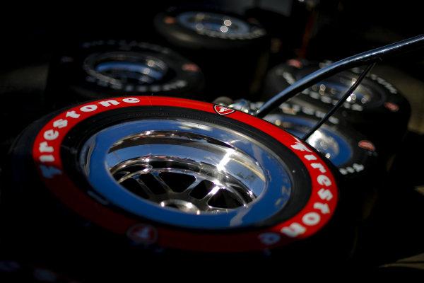 Will Power, Team Penske Chevrolet, tires