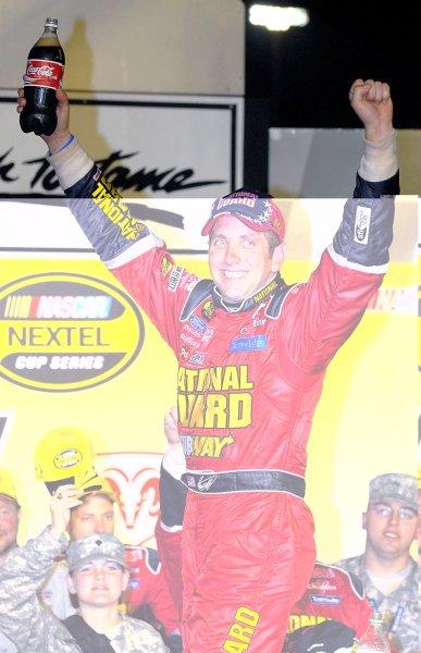12-13 May, 2006, Darlington Raceway,USA Greg Biffle's 2nd Darlington win in a row.Copyright©LAT South, LAT Photographic