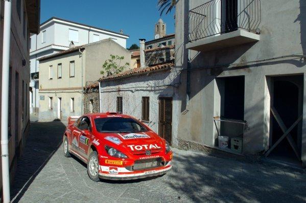 2005 FIA World Rally Championship, Rally Italia Sardinia, April 28-May 1, 2005Olbia, Sardinia.Leg Three.Markko Martin (EST) passes through Bortigiadas village on his way to Stqage 14.Digital Image
