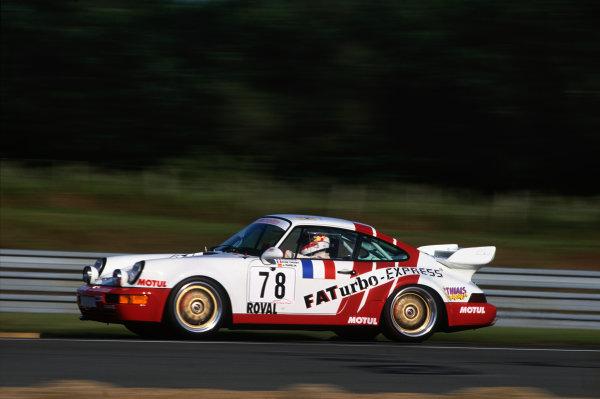 Le Mans, France. 19th - 20th June 1993.Jesus Pareja/Jack Leconte/Pierre de Thoisy (Porsche Carrera RSR), 16th position, action. World Copyright: LAT Photographic.Ref:  93LM16.
