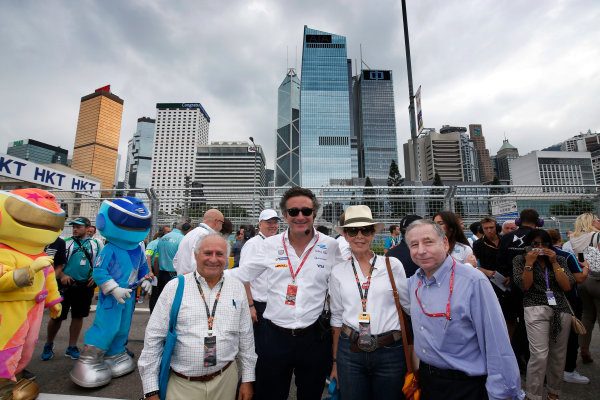 2016/2017 FIA Formula E Championship. Hong Kong ePrix, Hong Kong, China. Sunday 09 October 2016. Alejandro Agag and Jean Todt on the grid. Photo: Adam Warner/LAT/Formula E ref: Digital Image _L5R8024