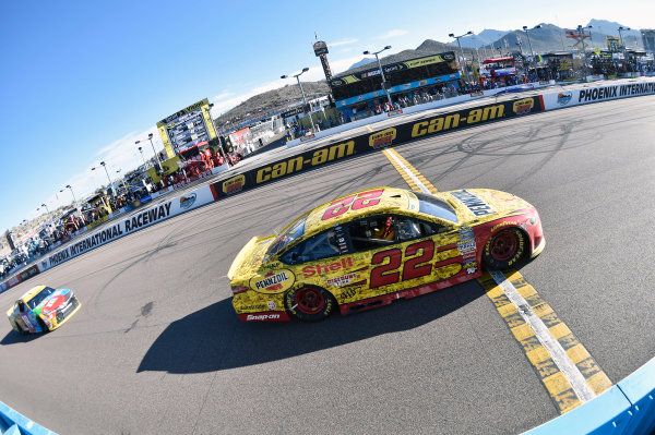 11-13 November, 2016, Avondale, Arizona USA Joey Logano ? 2016, Nigel Kinrade LAT Photo USA