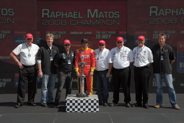 6-7 September, 2008, Joliet, Illinois USARaphael Matos celebrates winning the championship with team owners Michael Andretti, Kevin Savoree and Kim Green and Firestones Al Speyer©2008, Dan Boyd, USALAT Photographic