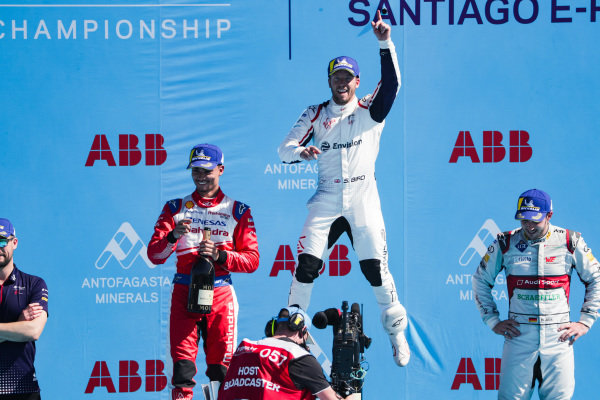 Sam Bird (GBR), Envision Virgin Racing, 1st position, celebrates on the podium alongside Pascal Wehrlein (DEU), Mahindra Racing, 2nd position, and Daniel Abt (DEU), Audi Sport ABT Schaeffler, 3rd position.