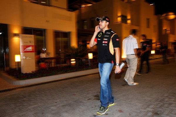 Yas Marina Circuit, Abu Dhabi, United Arab Emirates. Friday 21 November 2014. Pastor Maldonado, Lotus F1. World Copyright: Charles Coates/LAT Photographic. ref: Digital Image _N7T5986