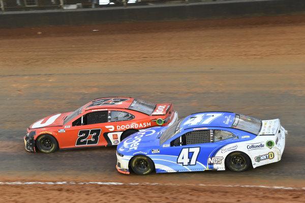 #23: Bubba Wallace, 23XI Racing, Toyota Camry DoorDash, #47: Ricky Stenhouse Jr., JTG Daugherty Racing, Chevrolet Camaro Kroger