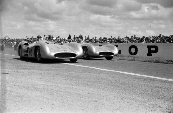 Juan Manuel Fangio, Mercedes W196, alongside Karl Kling, Mercedes W196.