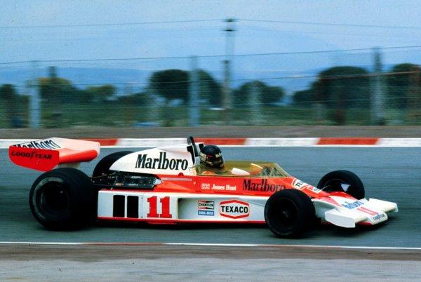 1976 Dutch Grand Prix.Zandvoort, Holland.27-29 August 1976.James Hunt (McLaren M23 Ford) 1st position.World Copyright - LAT Photographic