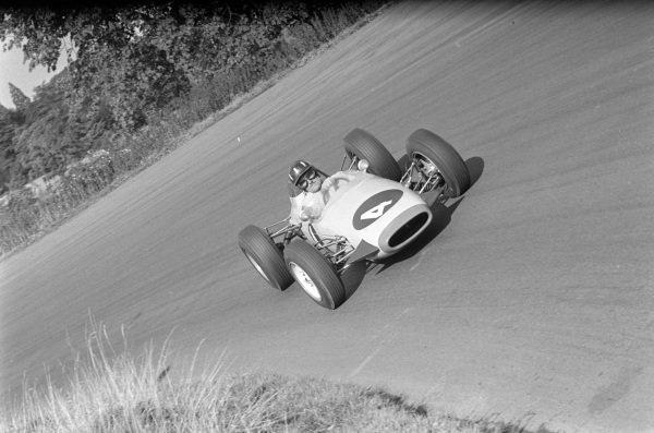 Graham Hill, Brabham BT10 Ford.