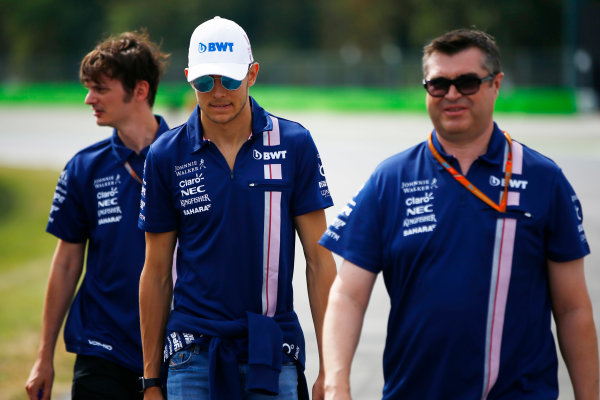 Autodromo Nazionale di Monza, Italy. Thursday 31 August 2017. Esteban Ocon, Force India VJM10 Mercedes, walks the circuit with members of his team. World Copyright: Andy Hone/LAT Images  ref: Digital Image _ONZ0143