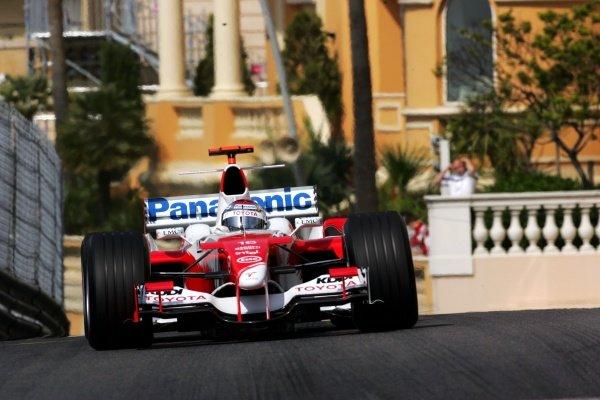 Jarno Trulli (ITA) Toyota TF105. Formula One World Championship, Rd6, Monaco Grand Prix, Race Day, Monte Carlo, Monaco, 22 May 2005. DIGITAL IMAGE