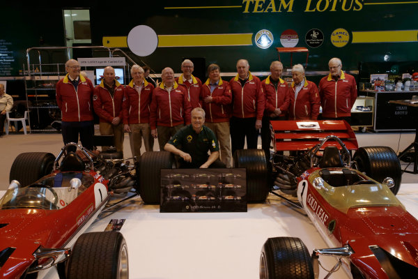 Autosport International Exhibition. National Exhibition Centre, Birmingham, UK. Thursday 12 January 2017. Former Team Lotus staff, including Herbie Blash and Clive Chapman, gather behind the Lotus 49 display. World Copyright: Joe Portlock/LAT Photographic. Ref: _14P1795