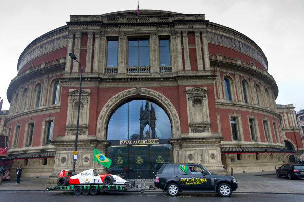 2014 Ayrton Senna Tribute. Royal Albert Hall, Kensington Gore, London. 1st May 2014. Peter Ratcliffe parades a replica 1993 Ayrton Senna McLaren around the streets of London. World Copyright: Alastair Staley / LAT Photographic. Ref: _R6T0349.jpg