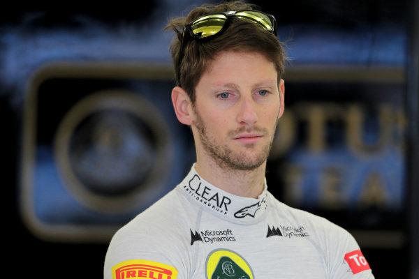 Romain Grosjean (FRA) Lotus F1. Formula One Testing, Day One, Bahrain International Circuit, Sakhir, Bahrain, Wednesday 19 February 2014.