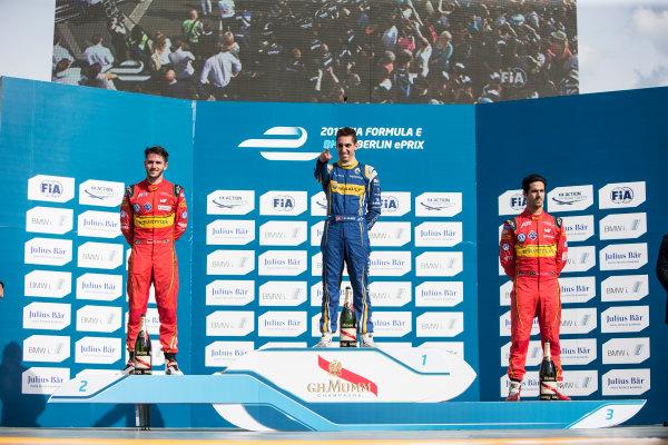 2015/2016 FIA Formula E Championship. Berlin ePrix, Berlin, Germany. Saturday 21 May 2016. Sebastien Buemi (SUI), Renault e.Dams Z.E.15, Daniel Abt (GER), ABT Audi Sport FE01, Lucas Di Grassi (BRA), ABT Audi Sport FE01 podium Photo: Andrew Ferraro/LAT/Formula E ref: Digital Image _FER3113