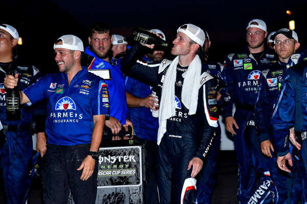 Monster Energy NASCAR Cup Series Brickyard 400 Indianapolis Motor Speedway, Indianapolis, IN USA Sunday 23 July 2017 Kasey Kahne, Hendrick Motorsports, Chevrolet SS wins. World Copyright: Rusty Jarrett LAT Images