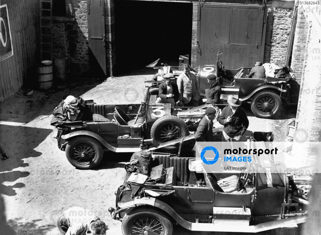 1927 Le Mans 24 hours.