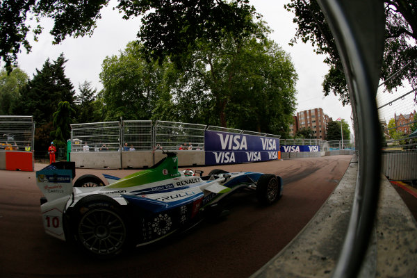2014/2015 FIA Formula E Championship. London ePrix, Battersea Park, London, United Kingdom. Jarno Trulli (ITA)/Trulli Racing - Spark-Renault SRT_01E Sunday 28 June 2015 Photo: Zak Mauger/LAT/Formula E ref: Digital Image _L0U9962