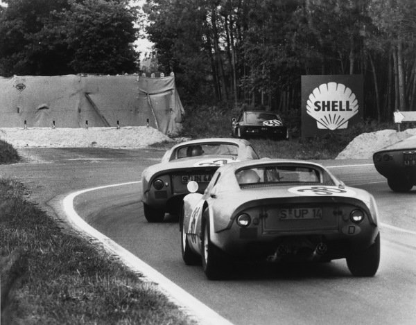 Le Mans, France. 19th - 20th June 1965.Gerhard Koch/Toni Fischhaber (Porsche 904 GTS), 5th position, follows Herbert Linge/Peter Nocker (Porsche 904/6), 4th position, action. World Copyright: LAT Photographic.Ref:  B/WPRINT.