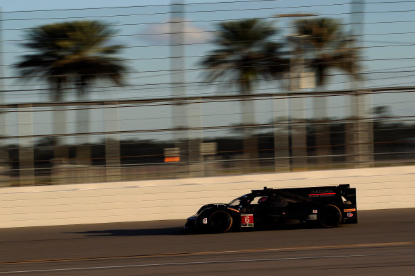 2017 WeatherTech Sportscar Championship December Daytona Testing Wednesday 6 December 2017 #6 Team Penske Acura DPi: Juan Pablo Montoya, Dane Cameron, Simon Pagenaud  World Copyright: Alexander Trienitz/LAT Images  ref: Digital Image 2017-IMSA-Test-Dayt-AT1-2041