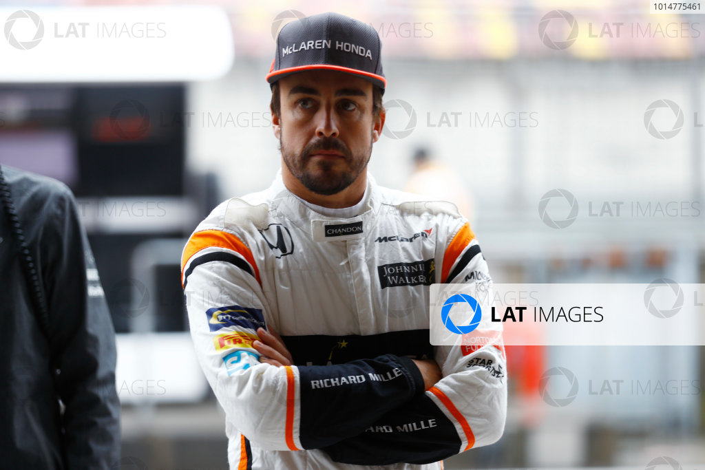 Shanghai International Circuit, Shanghai, China.  Friday 07 April 2017. Fernando Alonso, McLaren. World Copyright: Steven Tee/LAT Images ref: Digital Image _R3I2589